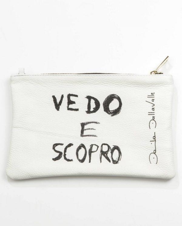 Білий клатч дизайнера Daniela Dallavalle