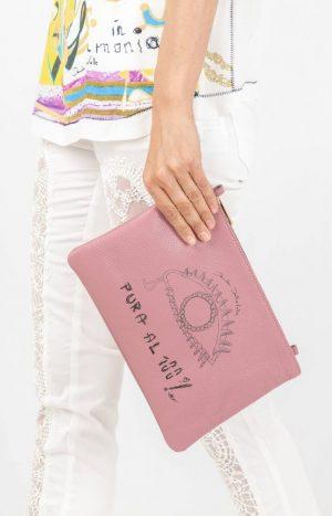 Фіолетовий клатч дизайнера Daniela Dallavalle